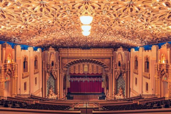 1. Teatro Fox, California-1