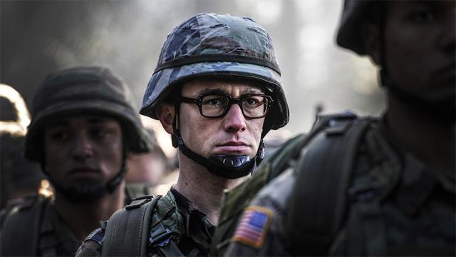 Joseph Gordon-Levitt - Edward Snowden-1