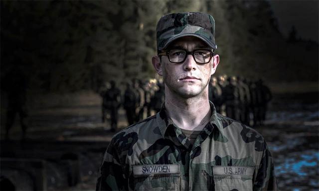 Joseph Gordon-Levitt - Edward Snowden-2