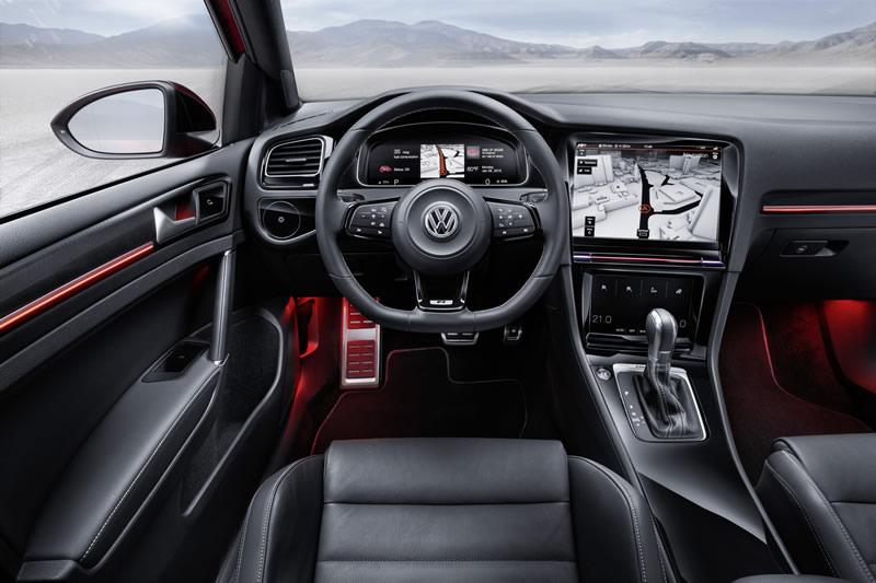 Wolkswagen-Golf-R-Touch-Interior