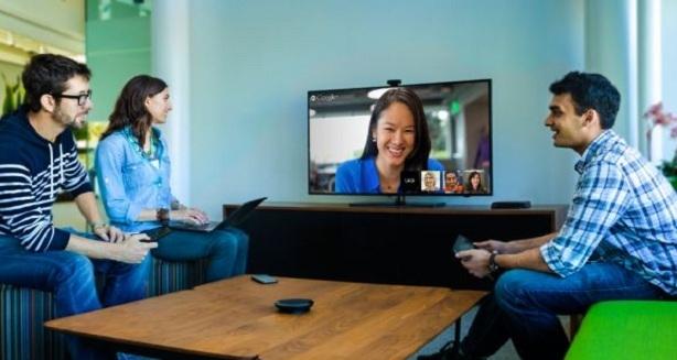 Nuevo plugin para el servicio de mail de Microsoft permite realizar videollamadas