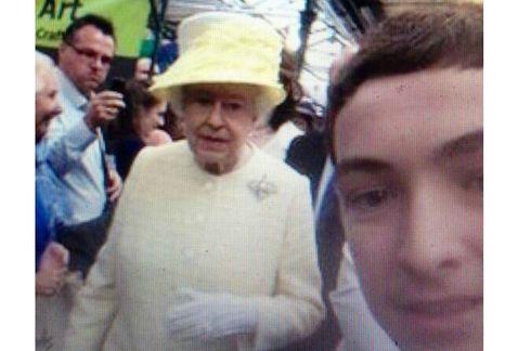 Selfie-reina Isabel II-2