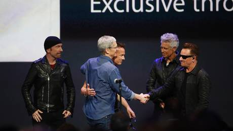 U2-iTunes-2