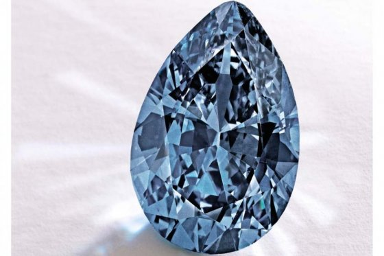 diamante azul subastado -32.6