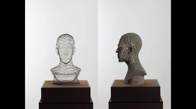 Ho Yoon Shin también utiliza imágenes actuales como esta escultura de Barack Obama
