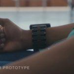 Facebook trabaja en una pulsera neural que funciona con gafas de realidad aumentada