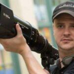 """Mike Flanagan será el director de la adaptación de """"The Season of Passage"""" de Christopher Pike"""